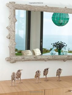 Mirror: Coastal Modern: Sophisticated Homes Inspired by the Ocean