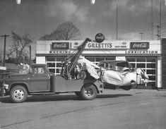 Nostalgia - Pics in Time. - Page 6 - The 1947 - Present Chevrolet & GMC Truck Message Board Network Vintage Trucks, Tow Truck, Chevy Trucks, Towing And Recovery, Old Gas Stations, Transporter, Abandoned Cars, Car Crash, Old Trucks
