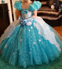 Las 28 Mejores Imágenes De Elsa Vestidos Vestidos Frozen