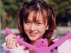 樱井智 - http://mag.moe/2771  日本的女性声优、歌手、演员,千叶县出身,所属事务所为I'm Enterprise。 灼眼的夏娜S(坂井千草) 出演作品 电视动画 1993年 侏罗纪足球传说(威纳...