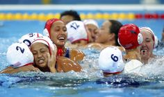 players celebrate their win over Spain in their gold medal water polo match. Women's Water Polo, Nbc Olympics, Summer Olympics, Team Usa, A Team, Polo Team, Paralympic Athletes, Waterpolo, Swimmers