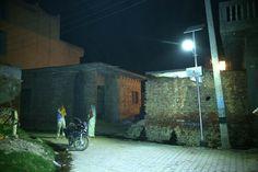 Uttar-Pradesh-solar-LED-img01.jpg (JPEG Image, 1078×719 pixels) - Scaled (91%)