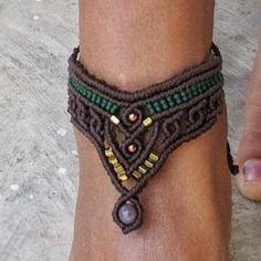 Bohemian Jewelry, Jewelry Art, Beaded Jewelry, Ankle Bracelets, Macrame Bracelets, Diy Bracelets Patterns, Indian Agate, Chunky Jewelry, Egyptian Jewelry