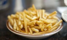 The Most Brilliant Way To Reheat Leftover French Fries