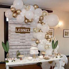 Birthday Balloon Decorations, Graduation Decorations, Birthday Balloons, Baby Shower Decorations, Outdoor Graduation Parties, Balloon Arch Diy, Balloon Garland, Balloon Balloon, Balloon Ideas