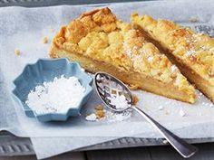 Rychlý jablečný koláč s drobenkou Sweet Recipes, New Recipes, Vegetarian Recipes, Sauerkraut, Sponge Cake, Cakes And More, Macaroni And Cheese, French Toast, Sweet Treats