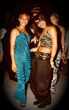 left eye (lisa lopes) of TLC & aaliyah! RIP to these 2 angels ❤️ - left eye & aaliyah first met at lil' kims birthday Hip Hop 90, Hip Hop And R&b, New Jack Swing, Black Is Beautiful, Gorgeous Women, Beautiful People, Pretty Black, Hip Hop Fashion, 90s Fashion