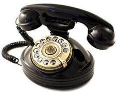 UN TELÉFONO RETRO PARA LLAMAR Y DECORAR