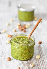 Pesto is something you should always have in the fridge. Dinner cannot be prepared any faster. Here is my recipe for rocket pesto Arugula Pesto - Small culinary eisrl eissrl Aufstriche, Dips und co Pesto is something you should always have in the f Pesto Dip, Pesto Sauce, Pesto Pasta, Marinara Sauce, Chef Salad Recipes, Diner Recipes, Snack Recipes, Snacks, Chutneys