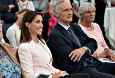 In the evening of August 31, Princess Marie of Denmark attended the opening of Wadden Sea Festival 2016 (Vadehavsfestival 2016) in Blavandshuk town which is in the northeast of Jutland in Ebsjerg. Since 2010, Princess Marie is the patron of the Sea Festival which aims to attract visitors and tourists to the region. (Princess Marie wore Alexander McQueen Light Pink Fitted Crepe Jacket and Hugo Boss Silk Shirt)