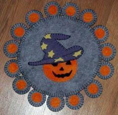 wool applique pumpkins   Penny rugs Haloween Pumpkin