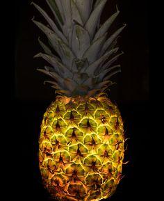 El fotógrafo Radu Zaciu decidió mirar las frutas y verduras bajo una nueva luz