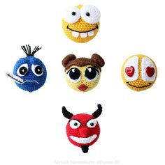 Hol Dir eine Häkelanleitung für lustige Smileys in 5 unterschiedlichen Stimmungen.  https://www.crazypatterns.net/de/items/2942/pdf-haekelanleitung-smileys-in-5-stimmungen