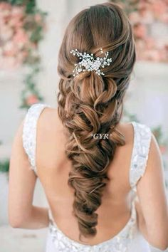 love this hair piece!