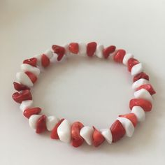 A stretch bracelet with red coral and white agate beads #etsyshop #beadedbracelet #stretchbracelet #coralbracelet  #agatebracelet #casualbracelet Coral Bracelet, White Agate, Agate Beads, Red Coral, Stretch Bracelets, Candy, Etsy Shop, Unique Jewelry, Handmade Gifts