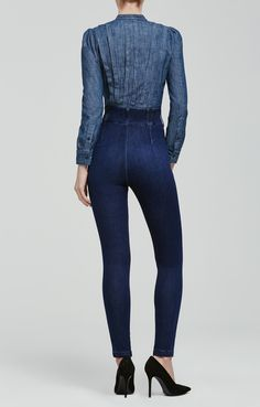 Our new Tiana super high rise skinny hugs and curves the body from hip to ankle…