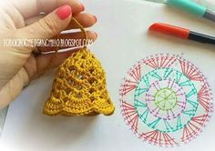 Crochet christmas bells New Ideas Crochet Christmas Decorations, Crochet Christmas Ornaments, Crochet Decoration, Christmas Crochet Patterns, Crochet Snowflakes, Christmas Bells, Crochet Motifs, Crochet Chart, Crochet Doilies