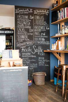 Tagescafé in Schwabing Italian Interior Design, Restaurant Interior Design, Interior Shop, Farrow Ball, Café Design, Frugal, Cafe Display, Decoration Vitrine, Small Cafe Design