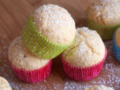 KOKOSOVÉ MUFFINY Muffins, Deserts, Food And Drink, Cupcakes, Baking, Breakfast, Olympus, Digital Camera, Cook