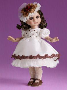Vanilla Cupcake Aggie | Tonner Doll Company