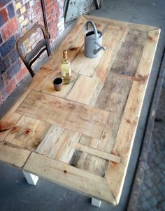 Really nice layout of pallet or reclaimed wood.