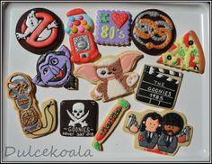 """I LOVE THE 80'S"" Cookies. =) - I like the movie cookie - good idea."