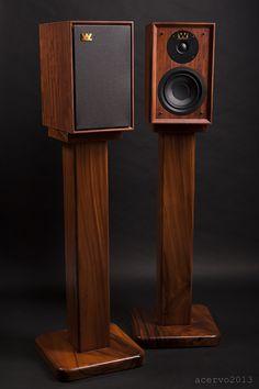 Wooden Speaker Stands, Wooden Speakers, Horn Speakers, Diy Speakers, Bookshelf Speakers, Monitor Speakers, Audiophile Speakers, Speaker Amplifier, Hifi Audio