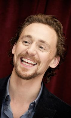 Tom Hiddleston   oh my gosh! Oh my gosh! Oh my gosh1