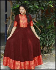 Suma Kanakala Mooie foto's en mobiele achtergronden HD (Android / iPhone) - Apocalypse Now And Then Indian Gowns Dresses, Indian Fashion Dresses, Dress Indian Style, Indian Designer Outfits, Designer Dresses, Gown Designer, Designer Anarkali, Indian Long Dress, Long Dress Design