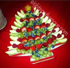 New fruit tray ideas christmas holidays Ideas - Fruit Party - Fruit Fruit Christmas Tree, Christmas Snacks, Christmas Brunch, Christmas Holidays, Christmas Veggie Tray, Xmas, Fruit Appetizers, Christmas Appetizers, Fruit Snacks