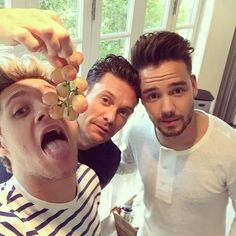 Niall Horan, Ryan Seacrest and Liam Payne Zayn Malik, Niall Horan, Florian David Fitz, Niall And Harry, Ryan Seacrest, James Horan, Liam James, 1d And 5sos, Liam Payne