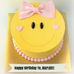 Cute Smiley Birthday Wishes Cake For Girl With Name.Sister Birthday Cake With Name.Emoji Name Birthday Cake.Cute Smiling Face Yellow Smiley Cake With Name Happy Birthday Sister Cake, Birthday Wishes For Kids, Cute Birthday Cakes, Baby Girl Birthday Cake, Birthday Quotes, Cake Designs For Girl, Emoji Cake, Blackberry Cake, Baby Girl Cakes
