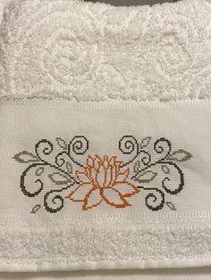 Needlepoint, Cross Stitch, Cross Stitch Rose, Cross Stitch Patterns, Cloth Patterns, Wool Embroidery, Baby Cross Stitch Patterns, Cross Stitch Samplers, White Embroidery