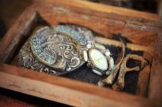 old paw, turquoise ring, buffalo girl, vintage