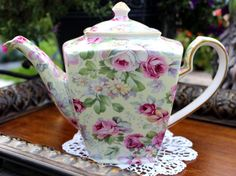 Hey, I found this really awesome Etsy listing at https://www.etsy.com/listing/203360359/arthur-wood-chintz-teapot-tall-tea-pot