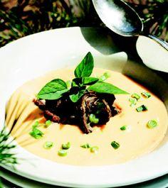 Panna Cotta, Beef, Ethnic Recipes, Soups, Food, Meat, Dulce De Leche, Essen, Soup