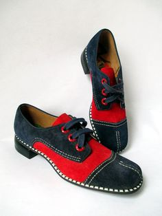 1970s Buster Brown Suede Shoes/ Vintage 1970s shoes/ by LovelyRoot, $55.00