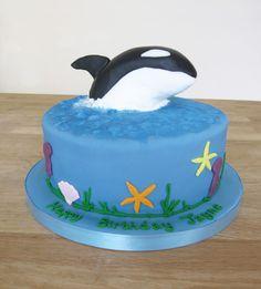 Killer Whale Birthday Cake by The Cakery | www.thecakeryleamington.co.uk