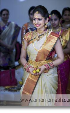Bridal Sarees South Indian, South Indian Weddings, Indian Bridal Fashion, South Indian Bride, Wedding Saree Blouse, Bridal Silk Saree, Saree Dress, Wedding Sari, Wedding Bride