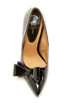 Bow Pump - if they made this in a flat I would be in love!