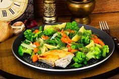 4 recipes for mashed potatoes and steamed vegetables Mashed Potato Recipes, Mashed Potatoes, Legumes No Vapor, Dieta Fitness, Steamed Vegetables, Nutrition, Guacamole, Cobb Salad, Broccoli