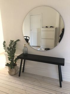Furniture For Sale Black Friday Alexandra Bring, Farrow Ball, Design Your Bedroom, Grey Shelves, Beautiful Home Designs, Boho Home, Cool Ideas, Fashion Room, Modern Interior Design