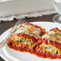 Just added my InLinkz link here: http://www.shugarysweets.com/2014/08/50-family-dinner-recipes#_a5y_p=2369201
