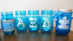 Looking for another craft to Light It Up Blue and raise awareness of autism spectrum disorders? Check out these Light It Up Blue mason jars!