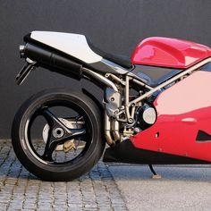 Ducati 748, Moto Ducati, Motorcycle, Bike, Vehicles, Projects, Bicycle Kick, Trial Bike, Biking
