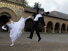 possibly one of the best wedding photo's i've ever seen