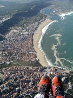 Nazaré by reciprocum, via Flickr