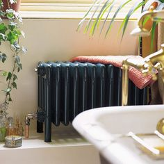 Ouderwetse badkamer radiator