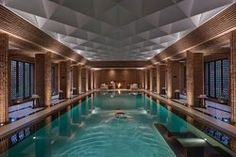 Inspired by the soaring arches of churches and mosques in the Andalucía region of Spain, the Spa at the Mandarin Oriental, Marrakech has incredible design as well as top-notch services. Read on for more of the best spas around the world. Luxury Swimming Pools, Indoor Swimming Pools, Swimming Pool Designs, Casa Hotel, Hotel Pool, Luxury Hotel Design, Luxury Spa, Luxury Hotels, Mandarin Oriental