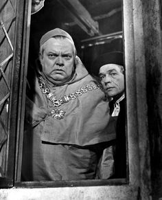 """Publicity still from Fred Zinnemann's film adaptation of """"A Man for All Seasons"""" (1966), starring Orson Welles as Cardinal Wolsey."""